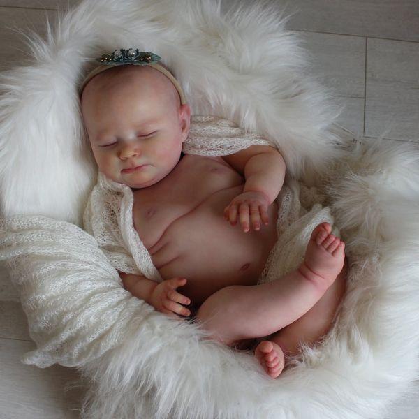 REALBORN-Kit 4 Month Sleepy Sage